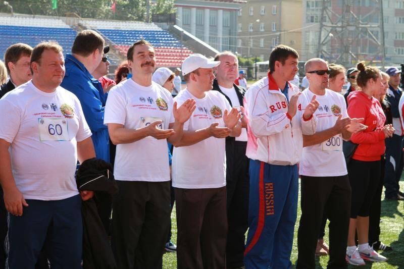 Сборная команда мэрии города Новосибирска и Правительства Новосибирской области.