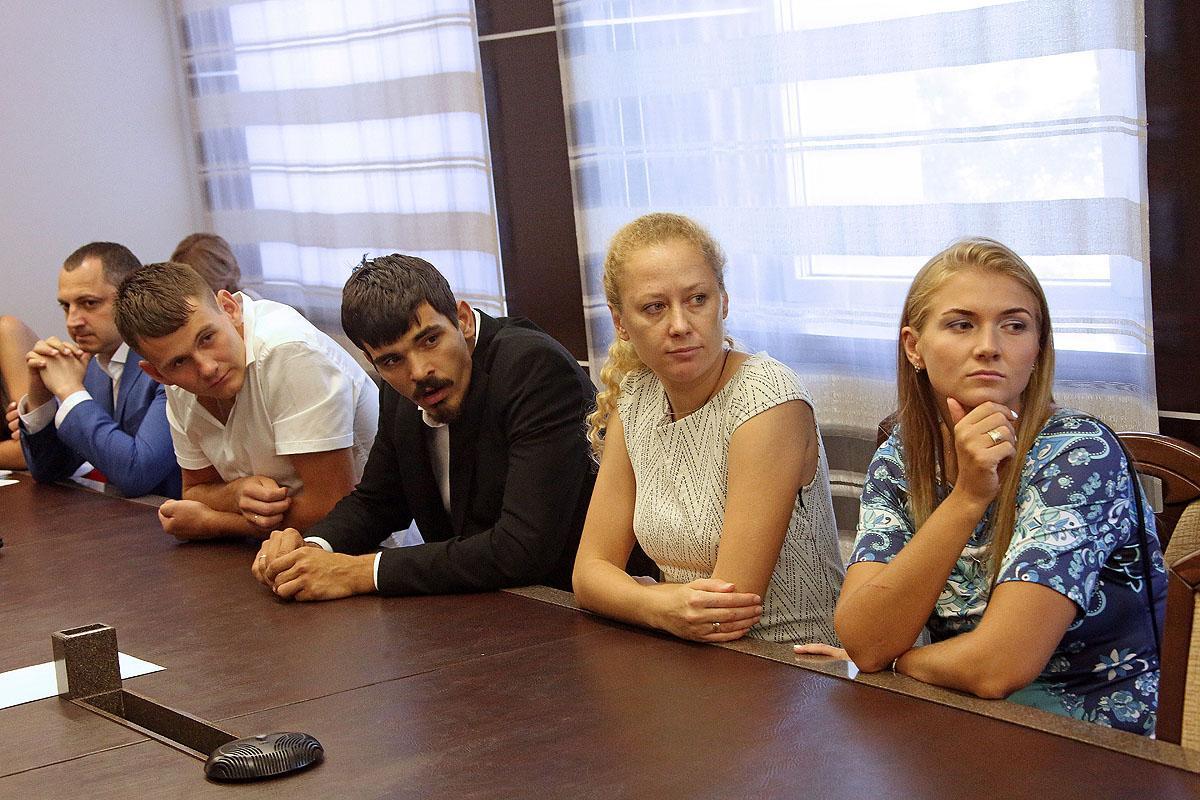 Новосибирских волейболистов чествовали в мэрии