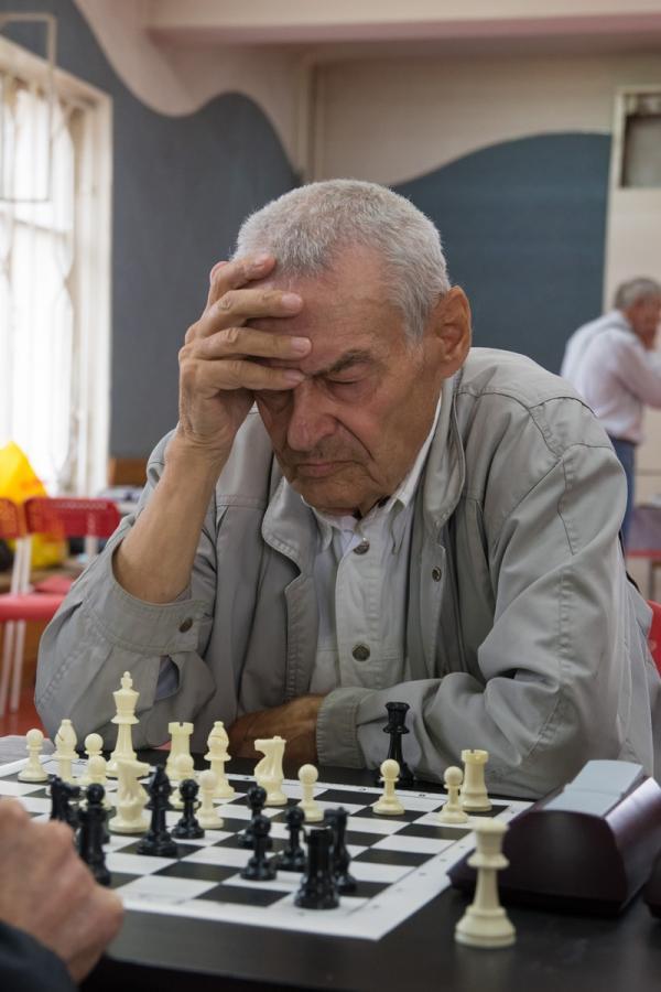 Через спорт - к активному долголетию: шахматы