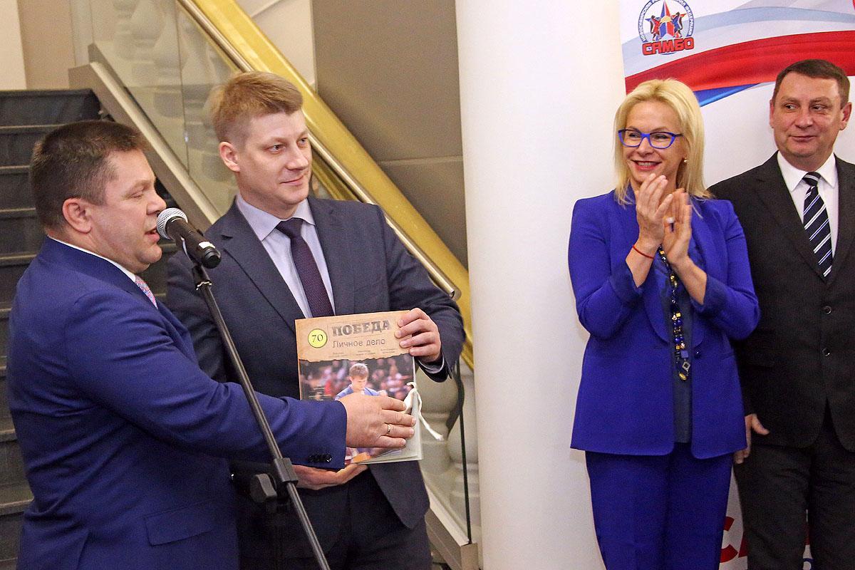 В Новосибирском историческом парке открылась выставка «Самбо. Испытание временем»