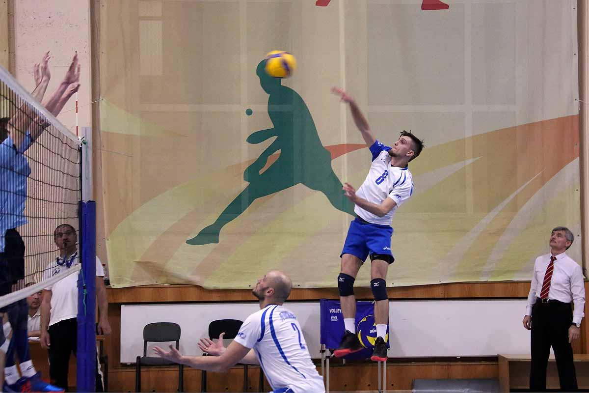 Открытый городской турнир по волейболу памяти старшего лейтенанта милиции Евгения Кота