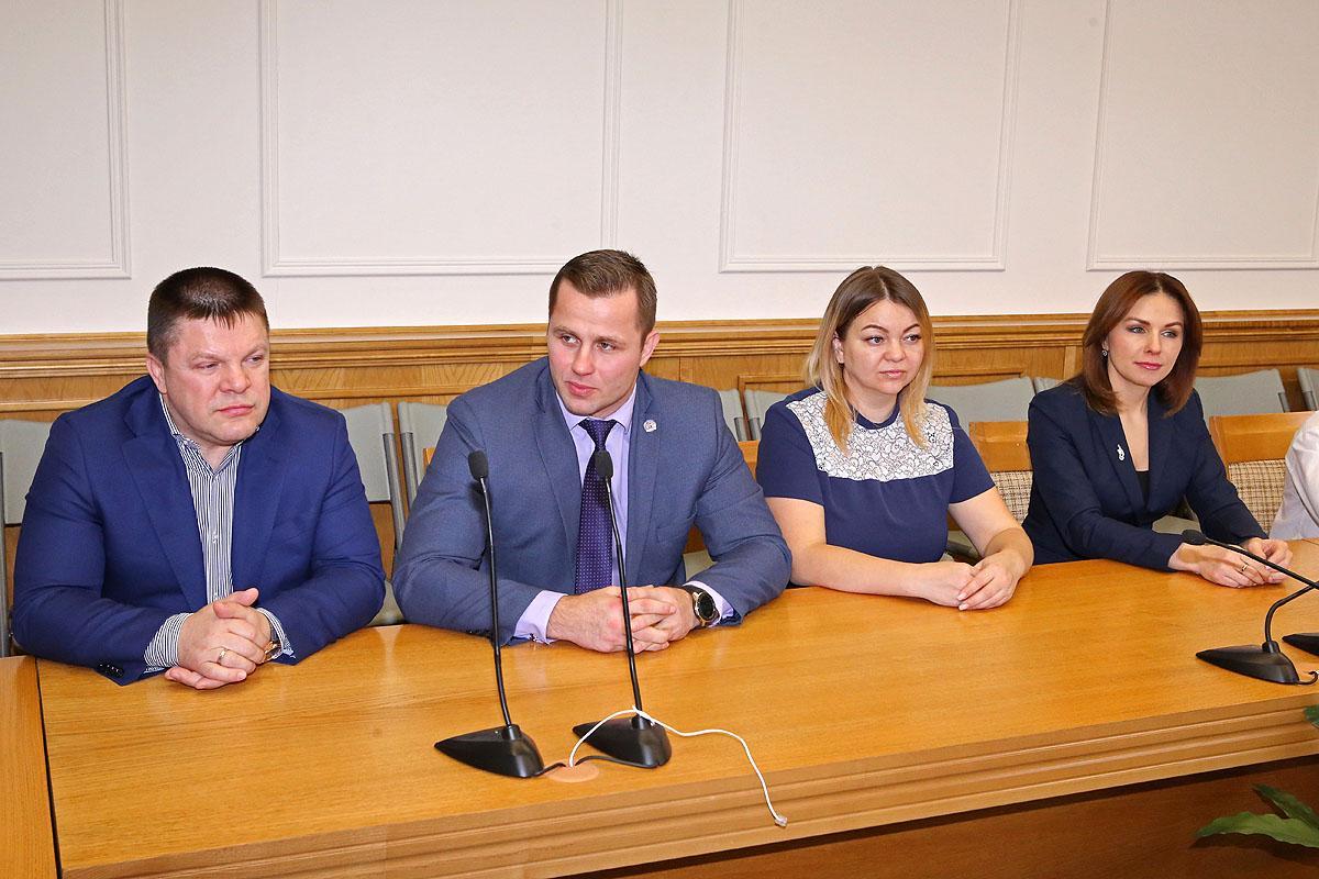 Юных самбистов – победителей чествовали в мэрии Новосибирска