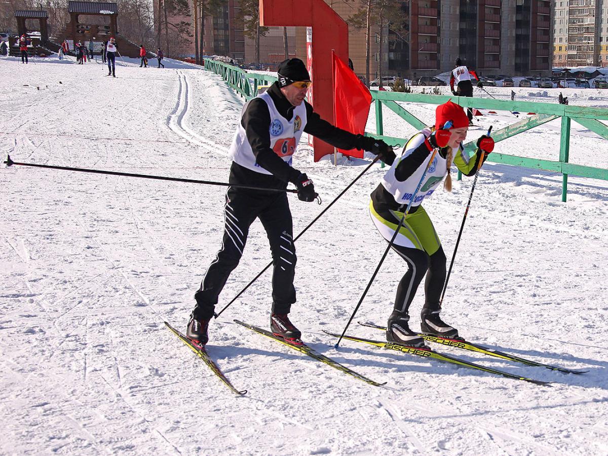 Городская зимняя спартакиада. Лыжные эстафеты.