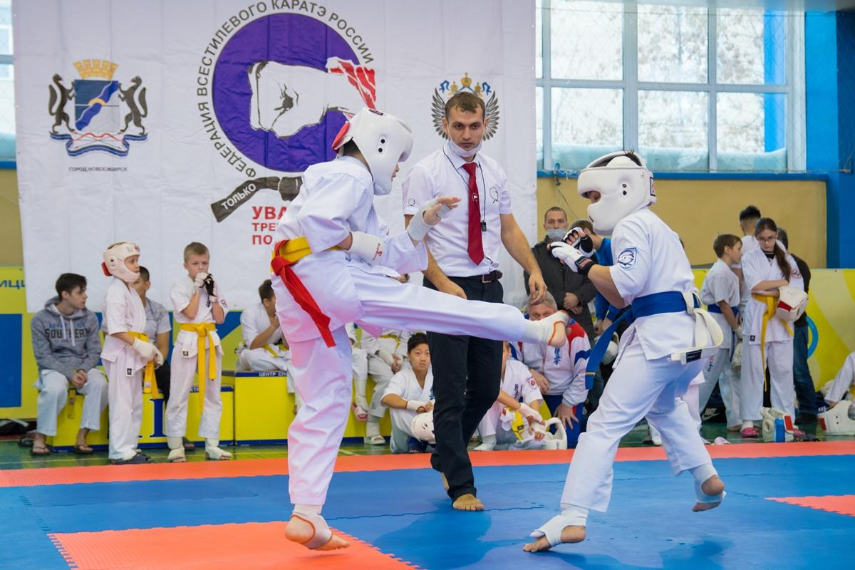 Чемпионата и первенства города по всестилевому каратэ.