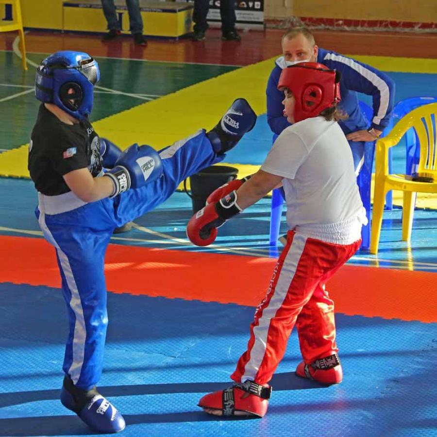 Чемпионат и первенство Новосибирска по кикбоксингу.