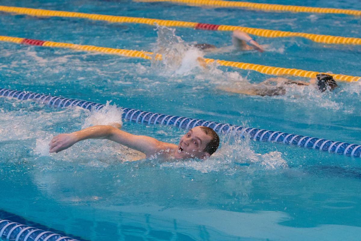 Соревнования по плаванию в рамках XXVII Спартакиады среди команд администраций районов, округа (по районам) и мэрии Новосибирска
