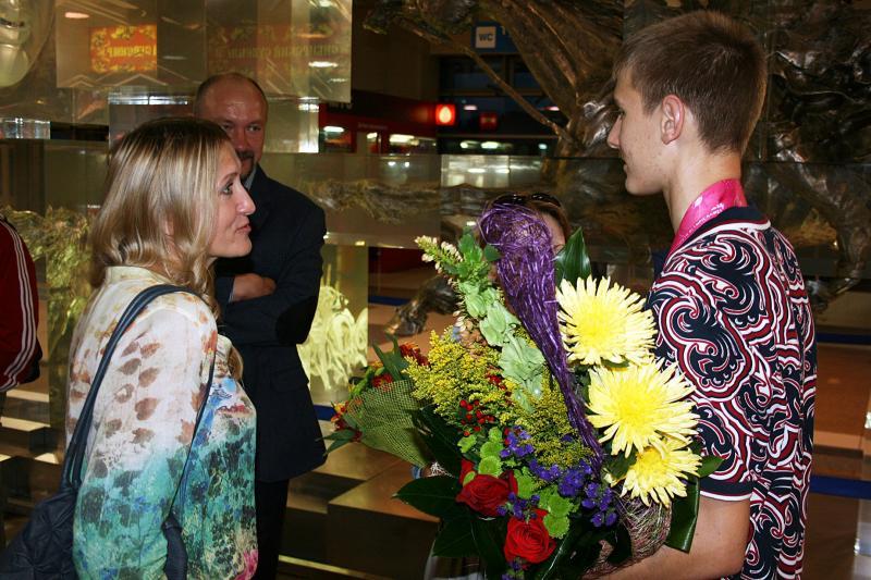 Слова поздравления от лица управления физической культуры и спорта мэрии города Новосибирска говорит заместитель начальника управления Марина Курносова